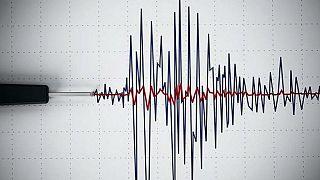 دستکم ۳ کشته و ۲۴۳ زخمی در پی زلزلۀ ۵.۹ ریشتری کرمانشاه