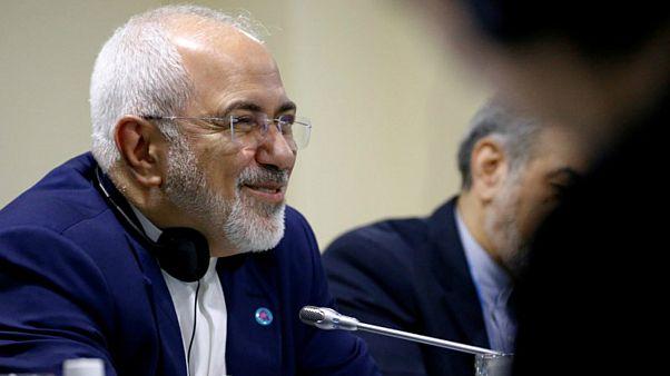 محمد جواد ظريف وزير خارجية إيران في سنغافورة.