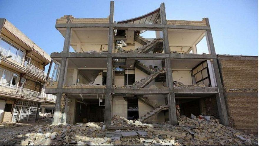 İran depremle sarsıldı: 2 ölü, 241 yaralı