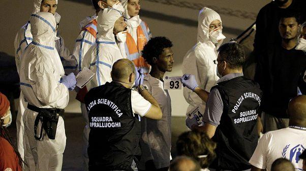 Italy disembarks stranded migrants, Salvini under investigation