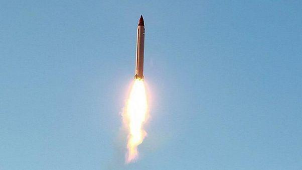 الحوثيون يطلقون صاروخا على تجمع للجنود السعوديين في جازان