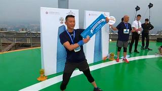 Futóverseny egy kínai felhőkarcolóban