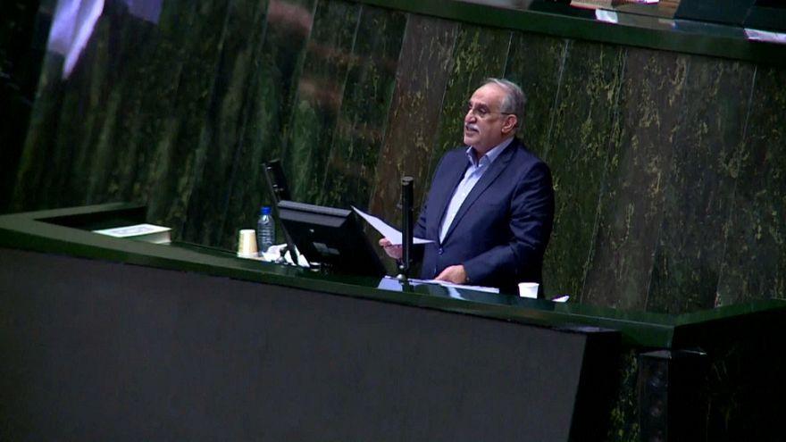 Iran : le ministre de l'Économie limogé