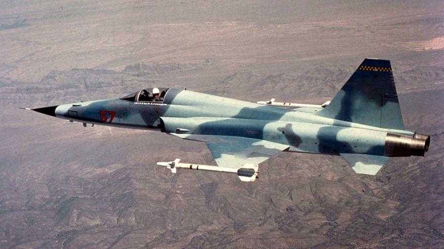 مقاتلة أمريكية من طراز F5 مشابهة للطائرة الإيرانية