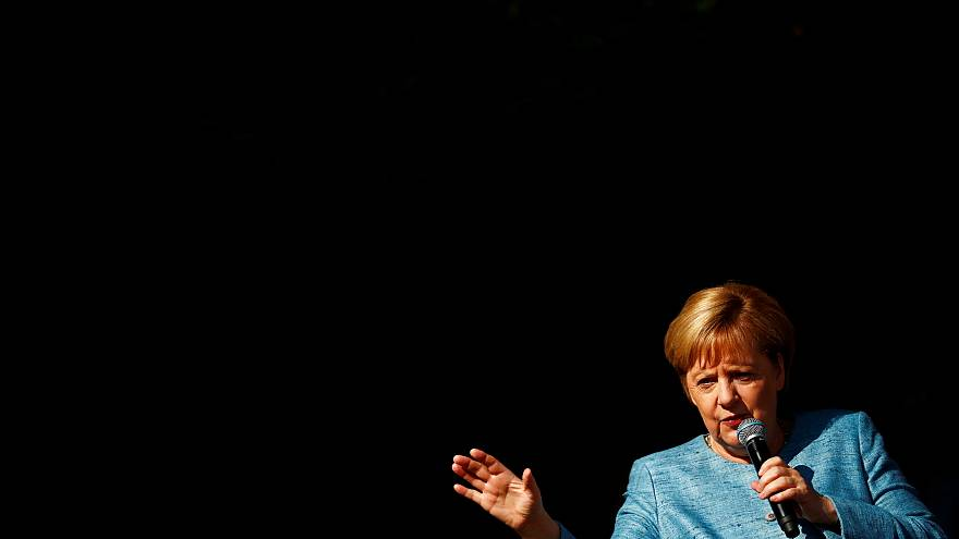 """Merkel: """"Sürekli yeni hedefler belirlemek anlamlı değil"""""""