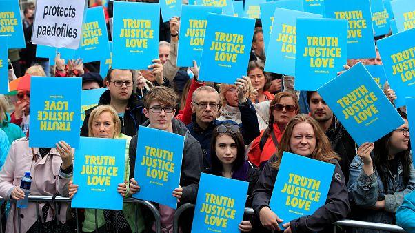 Ιρλανδία: Δεύτερη ημέρα διαδηλώσεων κατά του Πάπα