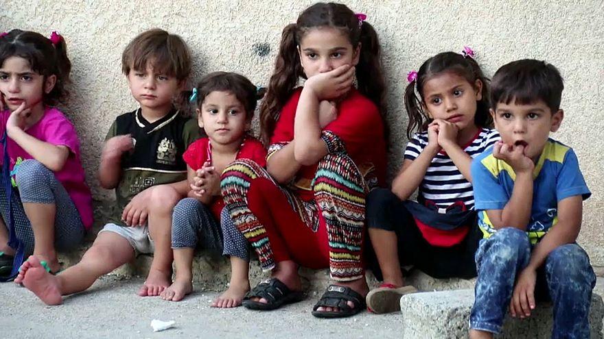 Mossoul : la grand-mère des orphelins