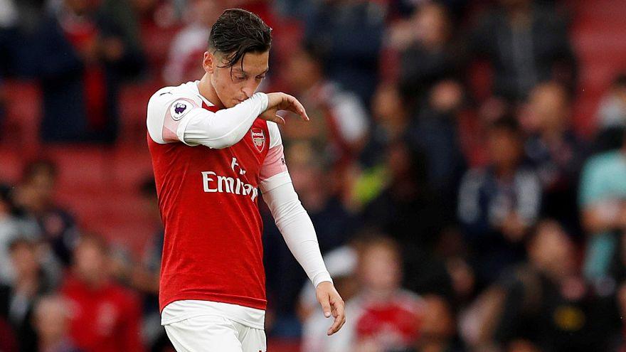 """Arsenal çalıştırıcısı, Özil'in """"kadro dışı"""" kaldığı iddialarına cevap verdi"""