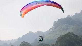 VİDEO | Güney Amerikalı paraşütçüler Bolivya'da buluştu