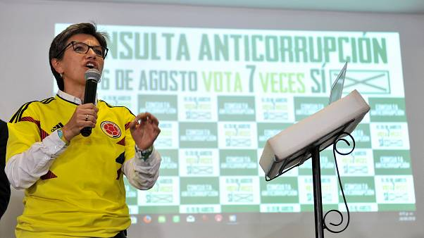 Los colombianos dicen 'no' a la corrupción en referéndum