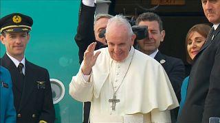 البابا يرفض التعليق على اتهامات للفاتيكان بالتستر على انتهاكات جنسية