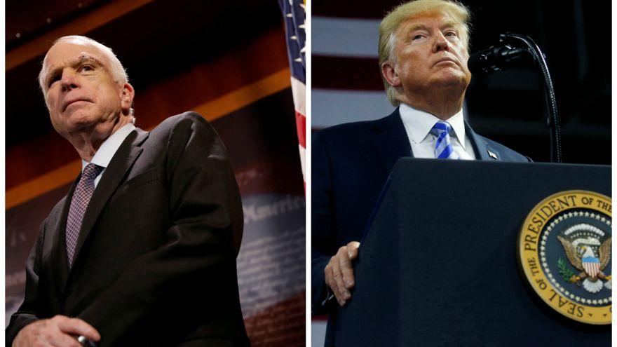 Trump McCain için taziye mesajı yayımlanmasını engelledi