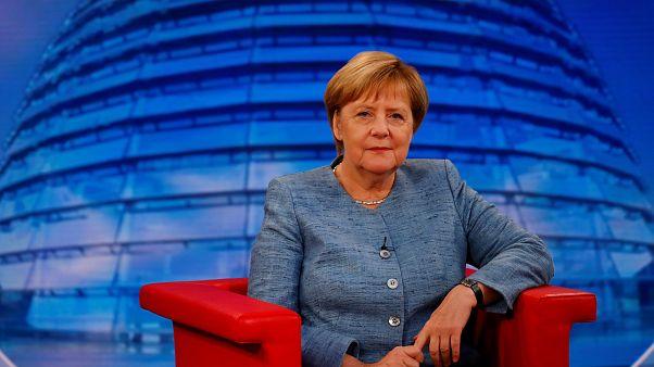 Sommerinterview: Merkel gegen neue Klimaziele