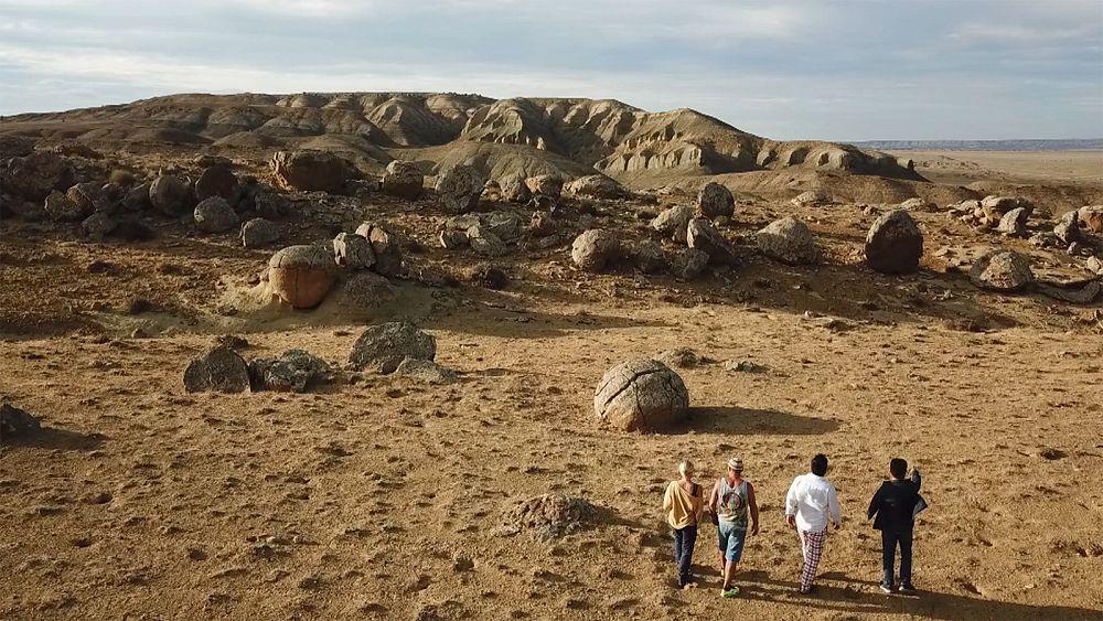 Пустынная дорога в урочище Торыш