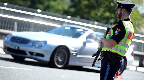افزایش اعتراض راست های افراطی و اعزام نیروهای پلیس به شهر کمنیتز آلمان