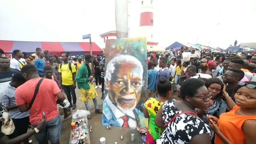 Ghana : un festival d'arts de rue métamorphose Accra