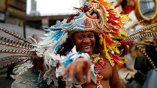 El carnaval de Notting Hill llena las calles de ritmo y color
