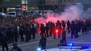 درگیری هواداران راست افراطی با معترضان چپگرا در آلمان