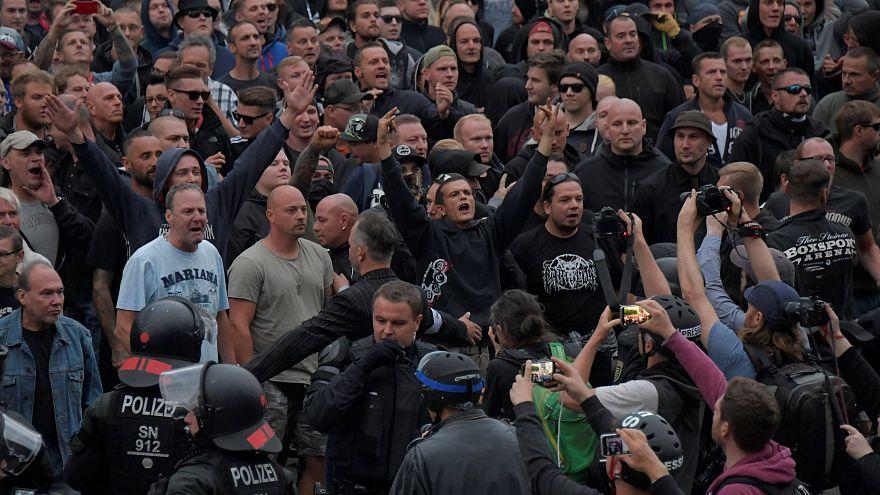 Allemagne 27/08/2018 : militants d'extrême droite à Chemnitz, en Saxe.