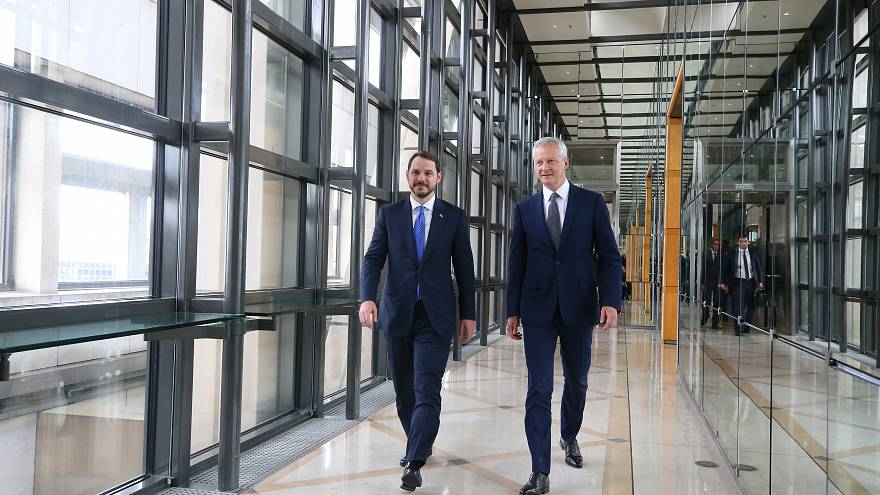 Bakan Albayrak ekonomik destek için körfez ülkelerinin ardından Avrupa mesaisinde