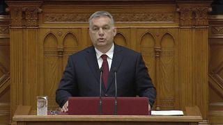 Orbán responde a la llamada euroescéptica de Salvini