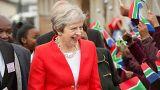 Theresa May joue les VRP en Afrique