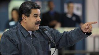Mini-barras de ouro e criptomoeda para relançar economia venezuelana