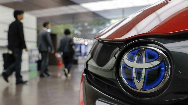 Στα σκαριά συμφωνία συνεργασίας της Toyota με την Uber