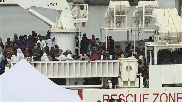 España e Italia, frente a la llegada masiva de los inmigrantes