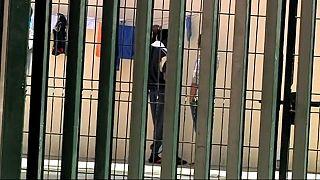 Detenidos diez inmigrantes del salto a la valla de Ceuta en julio