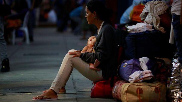 """El éxodo venezolano: """"La gente se va para sobrevivir"""""""