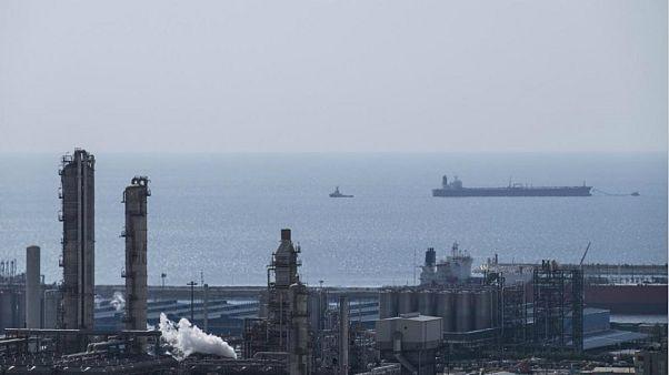 عربستان: تحریم ها صادرات نفت ایران را متوقف نخواهد کرد