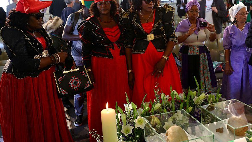 Cérémonie Berlin : génocide de deux tribus en Namibie.