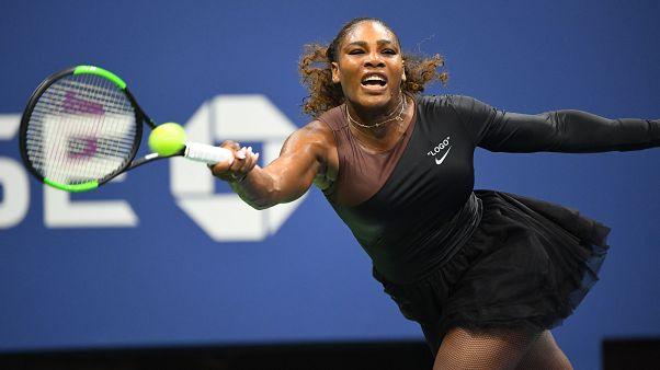 """Betiltották """"Macskanő"""" ruháját Párizsban, tütüben játszotta első meccsét a US Openen Serena Williams"""