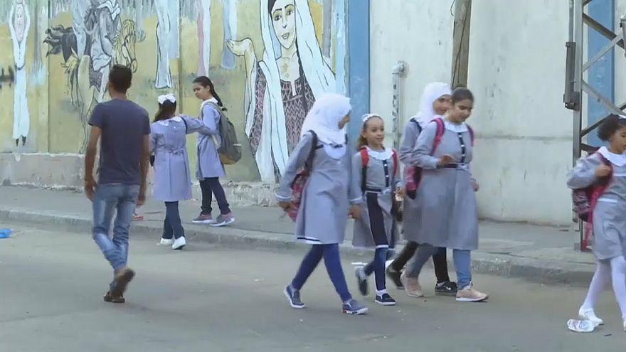 """الحياة تعود لمدارس """"الأونوروا"""" في غزة وسط تخوف من عجز مالي هائل قد يؤدي لإغلاقها"""