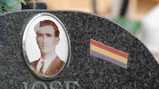 Franco victims' remains exhumed from mass grave