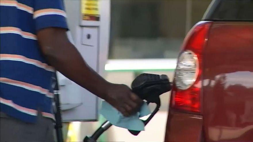 Spritskandal leert Taschen der Tank-Kunden