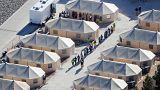 فرزندان مهاجران غیرقانونی در اردوگاهی نزدیک مرز مکزیک در ایالت تگزاس