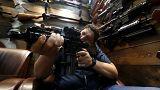 دراسة: بعيداً من مناطق النزاعات... 250 ألف قتيل بالأسلحة النارية حول العالم في العام 2016