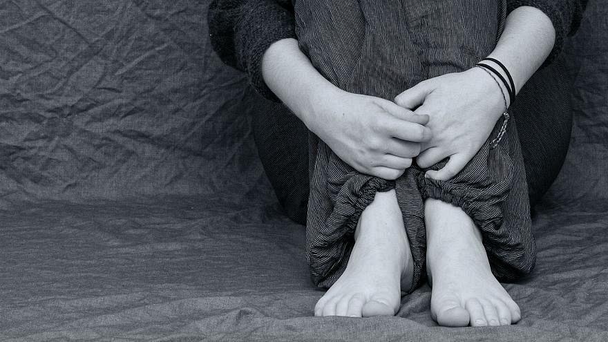 Mehr als ein Fünftel aller 14-jährigen Britinnen verletzt sich selbst