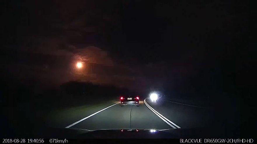 [Vídeo] Un meteoro atraviesa el cielo de Perth en Australia