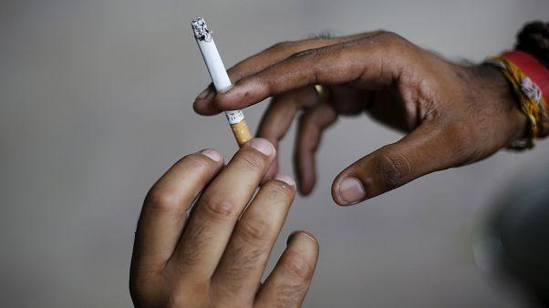 مصرف دخانیات و مشروبات الکلی چه خطرهایی برای نوجوانان دارد؟