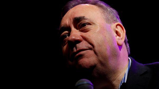 Salmond dimite del Partido Nacionalista Escocés por denuncias de acoso sexual