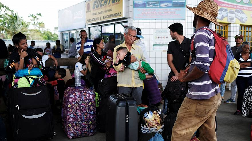 """Maduro: """"Hört auf Toiletten zu putzen und kommt nach Hause"""""""
