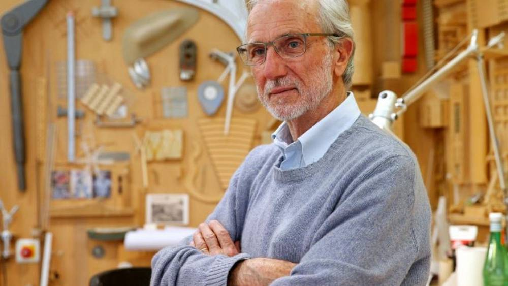 Renzo Piano offers new bridge design for hometown Genoa after tragedy