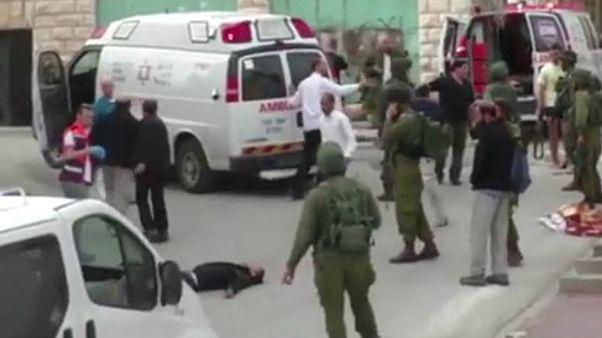 """الجندي الإسرائيلي الذي قتل فلسطينياً مصاباً على الأرض """"ليس نادماً"""" على فعلته"""
