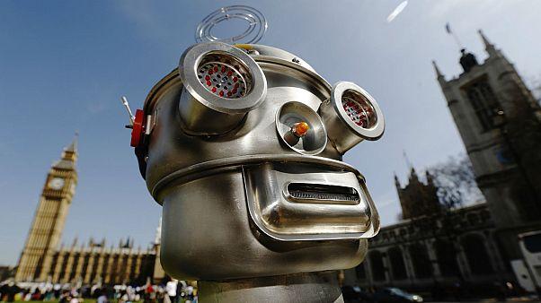 """Amnesty: """"Mettere al bando i robot killer per evitare scenari distopici"""""""