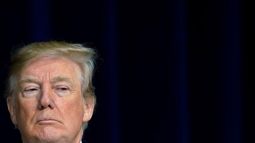 تويتر ترامب يُلغي دور المتحدثين باسم البيت الأبيض