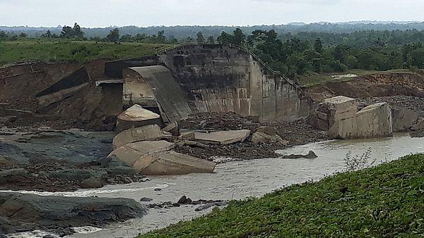 50.000 Menschen flüchten vor Dammbruch