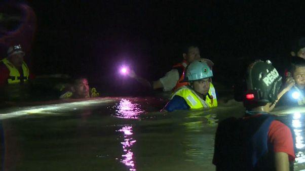 Evacúan a más de 60.000 personas tras rotura de una presa en Birmania